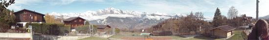 Les Alpes valaisannes depuis le village de Nendaz